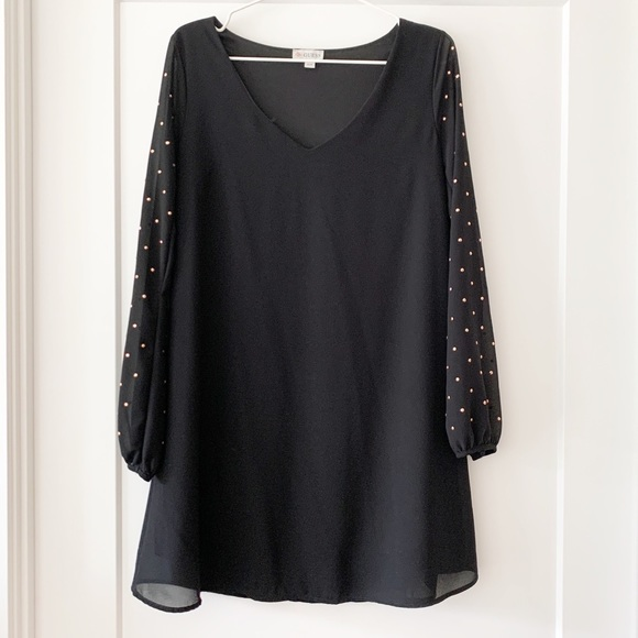GUESS Rose Gold Studded Sleeves Black Shift Dress
